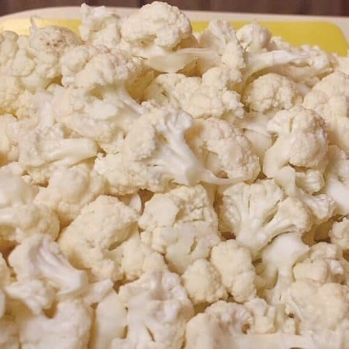 cauliflower florets chopped in small pieces to make popcorn