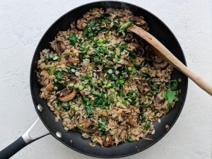 Add spinach to asian mushroom rice recipe