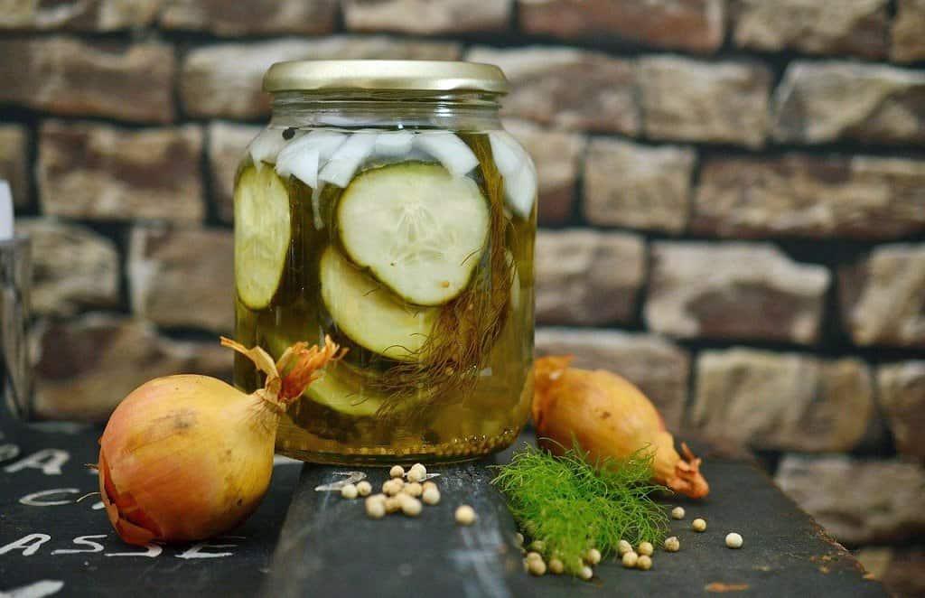 jarred pickles