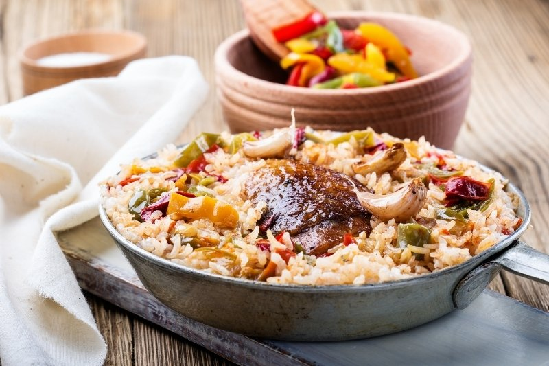 one pot meal rice vegetables and meat